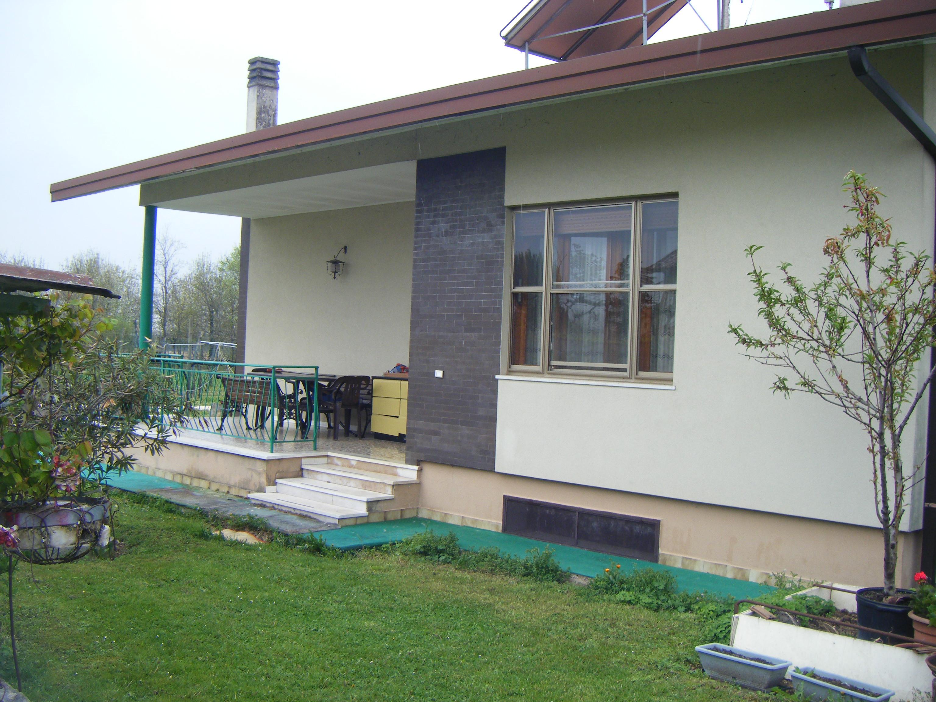 Casa singola san martino di campagna pn 42 for Piani casa di campagna